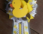 Rubber Duck baby shower mum