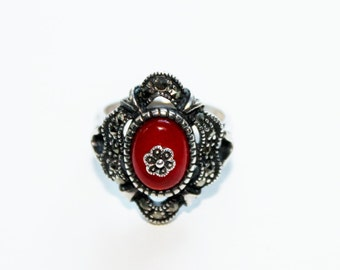 Vintage Silver Marcasite Carnelian Ring with Flower on Center Stone