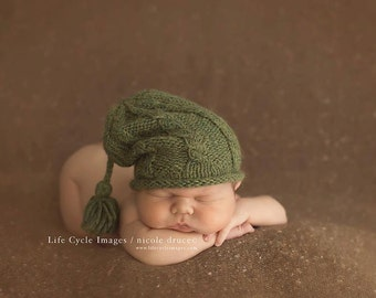 Kelley Ryden designed Slouch Hat - lichen - newborn hat - ten colors available