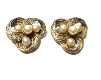 Vintage Earrings Wire Nest And Pearls 1950s