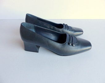 SALE Vtg 20s Style Shoes Heels Pumps Slip ons Navy Blue Leather Chunky Heel / Boardwalk Empire Style Titanic  Edwardian Heel US 7 Euro 37 38