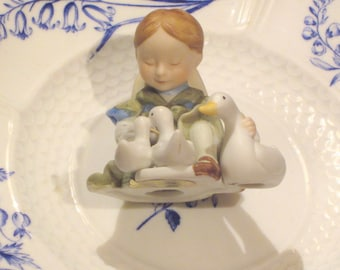 Vintage 1979 Holly Hobby Figurine Little Things