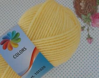 Yarn Balls 7.05 oz. Gr.200 Yellow Acrylic