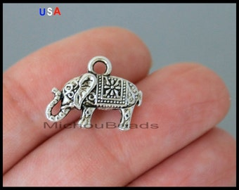 1 ELEPHANT Charm Pendant - 16mm Antiqued Silver Elephant Animal Zoo Pendant Charm - Instant Ship - USa Discount Charms - 6198