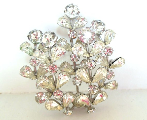 Vintage Weiss Co Rhinestone Brooch Flowers Weiss Silver 40s (item 12)
