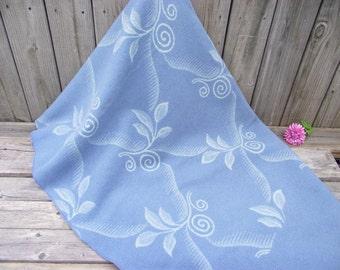 """RARE Floral Wool Blanket Throw - Blue Scroll & Leaf - 58"""" X 76"""""""