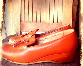 PUMPKIN   ///   Mod Leather Wedge Loafers