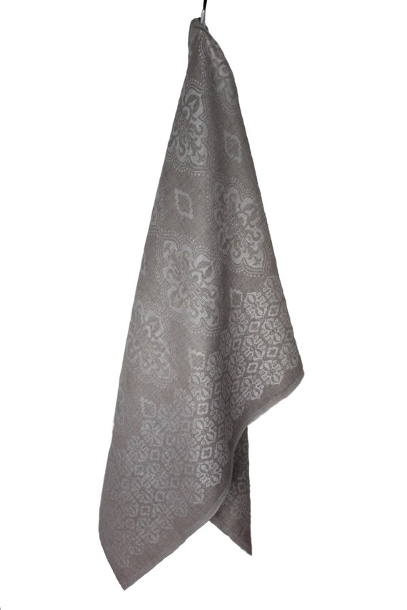 SALE Medallion Linen Bath Sheet Towel Natural Ecru Damask Jacquard Reversible - ready to Send