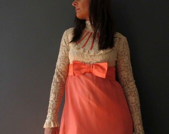 60s 70s Coral Pink Taupe Ivory Victorian Lace Maxi Statement Dress Small Petite