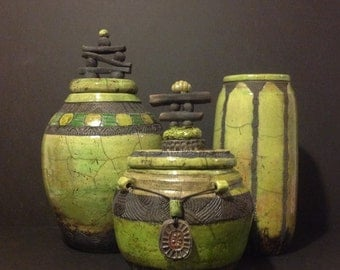Round covered Raku vessel