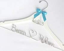 Personalized Hanger with Wedding Date Charm, Wedding Dress Hanger, Name Hanger, Bride Hanger