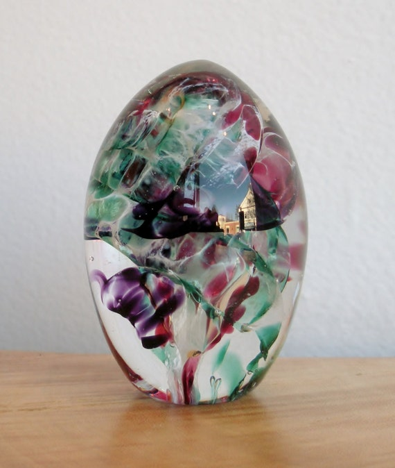 Glass Paperweight Egg by Jonathan Winfisky - Easter Egg