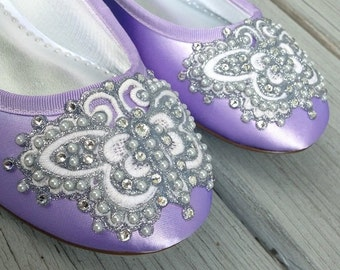 SALE - Size 7.5/8 Violet Butterfly Closed Toe Flats - Lace and Crystal