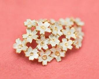 Sakura brooch - pendant head - Cherry blossom - Free shipping - Japanese blossom - Japanese flower - dress brooch - gold and silver