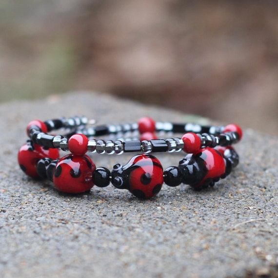 La La Ladybug - Beaded Bangled Bracelet - Glass Lady Bug Beads - Red and Black - Adorable Detail - Jamaica