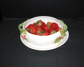 Straberry Plate and Saucer Colander