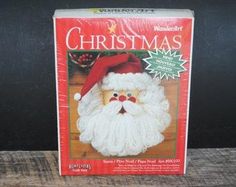 Vintage Christmas Santa Wonder Art with Aunt Lydias Craft Yarn