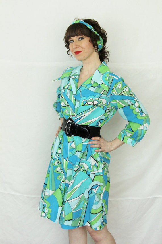 Vintage 70's Models Coat Snap Dress In a Pucci Geometric