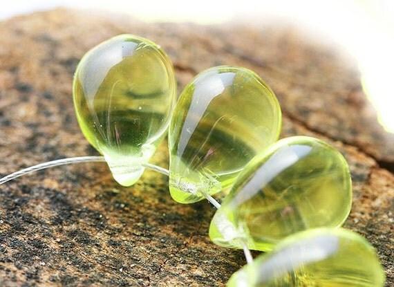Jonquil Yellow Teardrops, czech glass drop beads, lemon yellow, Briolettes - 10x14mm - 6Pc - 0721