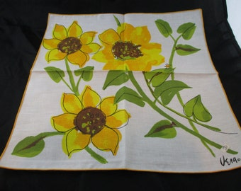 Set of 4 Four Vera Ladybug Napkins Three Large Sunflowers, Unused with Original Price Tag