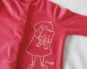 Elephant hugs Gocco printed pink baby grow (0-3 months)