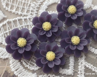SPECIAL OFFER --- 18 mm Dark Purple Color Resin Marigold Flower (.nm)