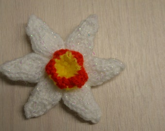 Small daffodil narcissi flower pin brooch corsage in range of options