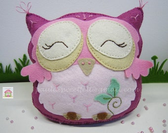 Pinky the Cute Owl - Felt decorations / nursery decor / babyroom