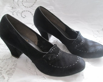 1940's Ladies Black Suede Chunk Heel SHOES by LA VANGUARD