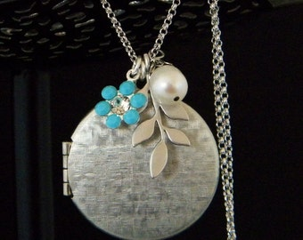 Long Silver Locket Leaf Pearl Necklace