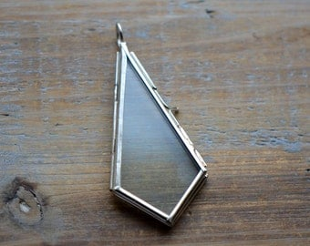 SILVER Glass Frame Pendant KITE Shape Double Sided Glass Hinged Locket Picture Frame Pendant Charm Jewelry Pendant (BD017)