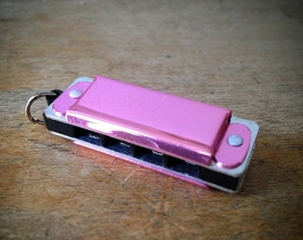 Miniature Harmonica Pendant, Rose PINK / Silver, Mini Mouth Organ Charm, Jewelry Supplies (AY042)