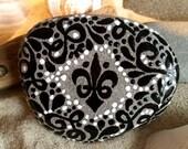 Fleur-de-lis / painted stone / Sandi Pike Foundas / love from Cape Cod / painted rock
