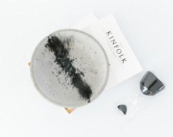 Concrete Bowl - Black Oxide Splat