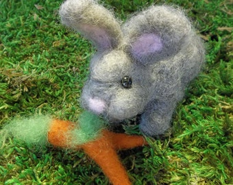 Needle Felting Kit - Sweet Rabbit Needle Felting Kit with Carrots- Beginner's Felting Kit - Holiday Kit