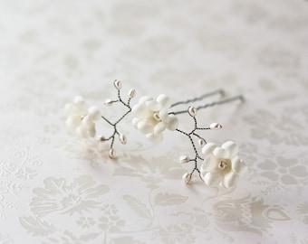Hair pin, Bridal hair pins, Flower accessories, Floral hair pins, Hair accessories, Wedding hair pins, Ivory hair flower, Pins for hair.