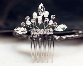 85_Small bridal hair comb, Rhinestone hair accessory, Pearl bridal comb, Crystal wedding hair comb, Silver hair comb, Hair comb bride.