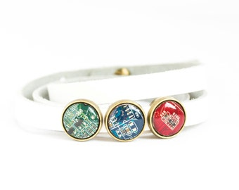 Wrap bracelet - leather bracelet and geeky buttons - circuit board jewelry - customizable color - 12mm, resin