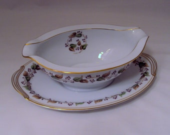Noritake Cordova Pattern Gravy Boat Attached Underplate Sauce Bowl