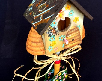 HONEY BEES BIRDHOUSE: A mini hand painted birdhouse with An Original Bee Hive Design