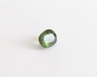 Genuine Green Sapphire, Oval Cut, 0.87 carat