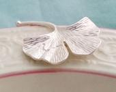 Ginkgo Leaf Necklace. Matte Ginkgo  Necklace. Ginkgo Leaf.  Botanical Necklace. Feminine Jewelry. Christmas Gift Under 30