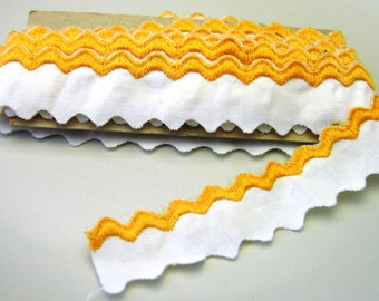 Vintage embroidered rick rack trim - golden yellow on white cotton 5 yds.