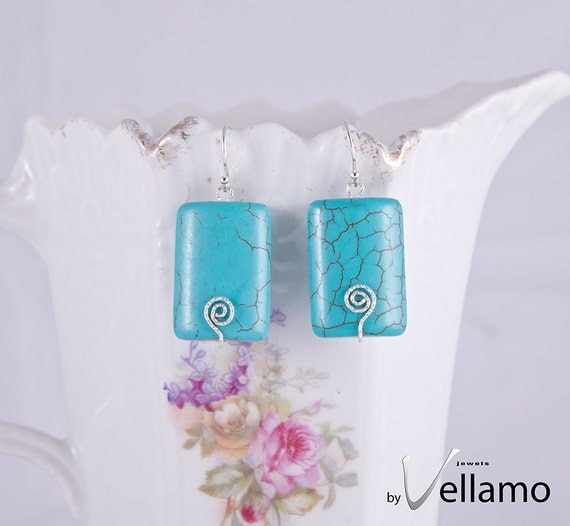 Ear-rings with blue rectangle shaped turquoise gemstones, modern, sterling silver, textured wire
