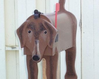 Dog mailboxes - Labrador Retriever mailbox