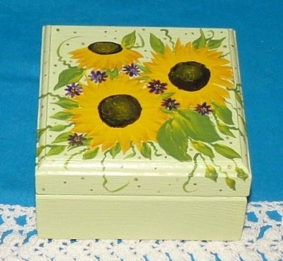 Decorative Sunflower Keepsake Box Hand Painted Wedding Engagement Ring Box Personalized Wood Box Ring Bearer Pillow Holder Sunflower Gift