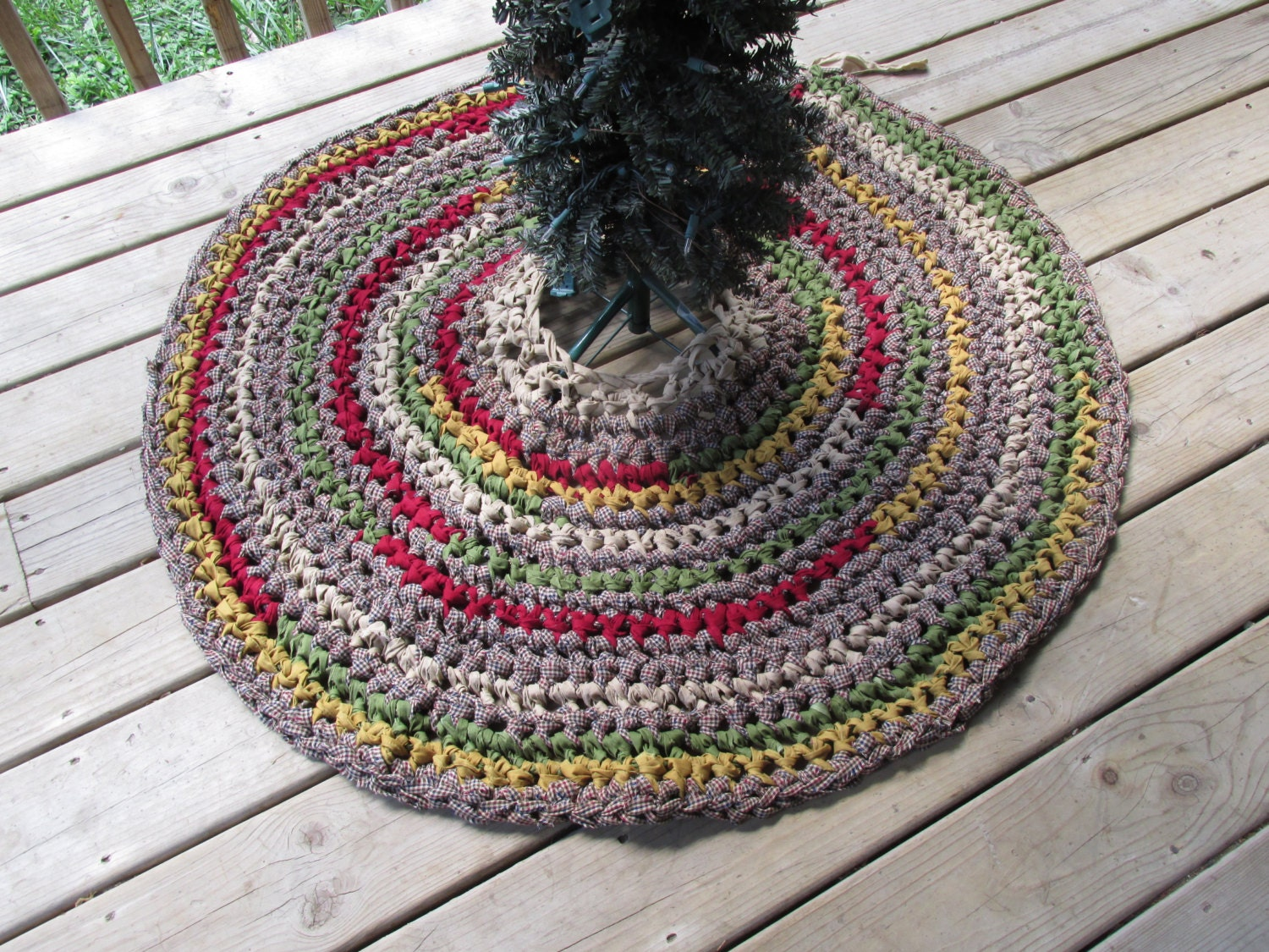 Homespun Christmas Tree Skirt 43 Crochet Rag Rug by CedarLaneFarm