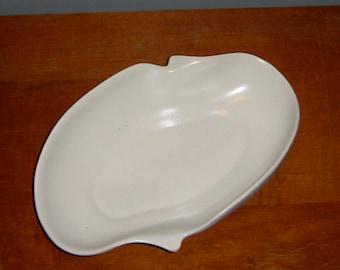 Mid Century White China Craft Spatter Pottery Dish