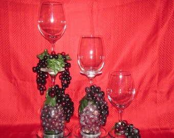 Set of 3 Glass Candle Holders With Grapes