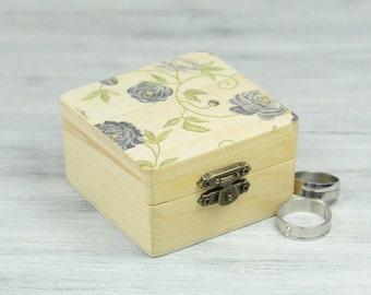 Rustic Wedding Box, Floral Ring Bearer Box, Wedding Ring Bearer Pillow, Personalized Ring Box, Grey Roses Ring  Box , Engagement Ring Box